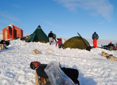 Campamento en Tiniteqilaaq