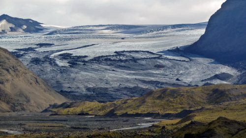 Glaciar sobre el valle de Þórsmörk