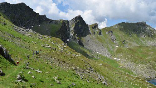 Travesía de Doberdoll a Gjeravica