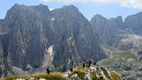 Montañas cerca de Lepushë