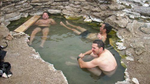 Aguas termales en Laguna Verde
