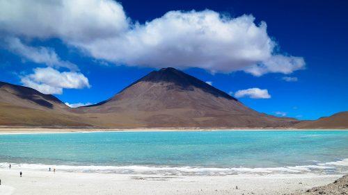 Laguna Verde y volcán Licáncabur