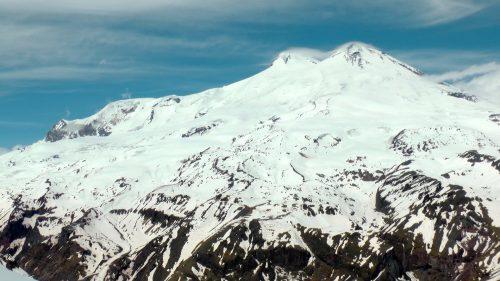 Vista panorámica del Elbrus (5.642 m)