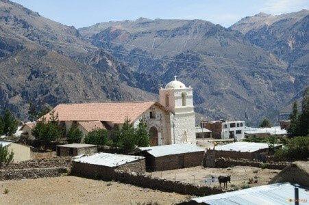 Iglesia tradicional en el Colca