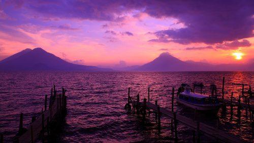Atarceder en el Lago de Atitlán