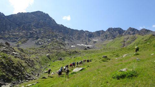 Caminando en el macizo del Chaukhi